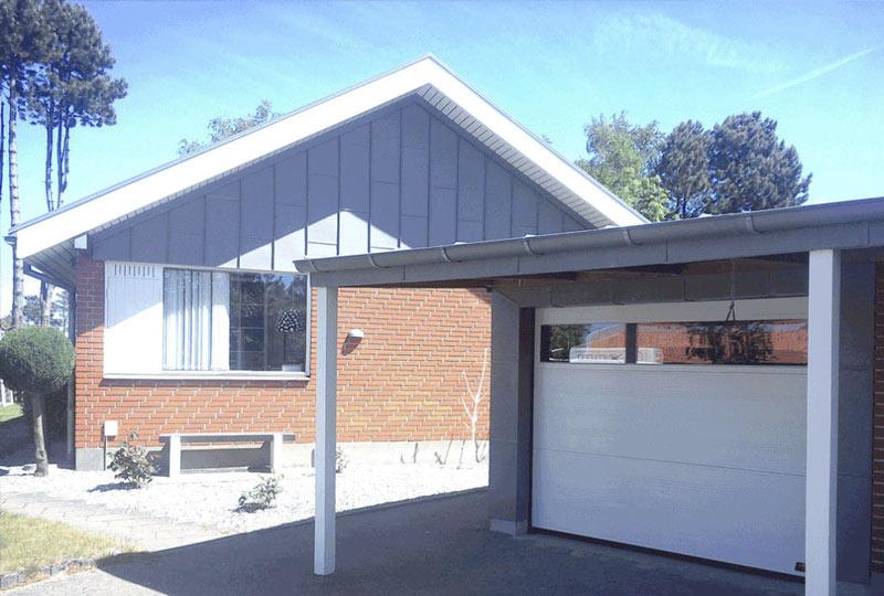 NASSAU white garage door with windows