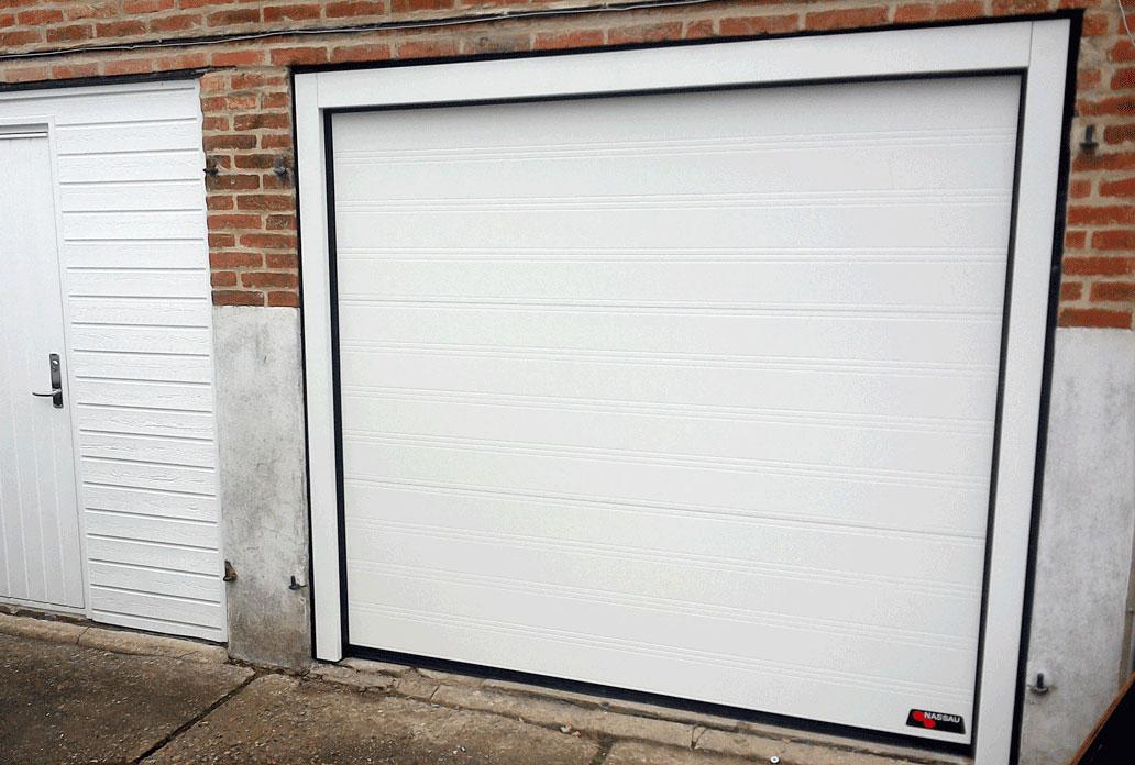 NASSAU classic white garage door with steel frames