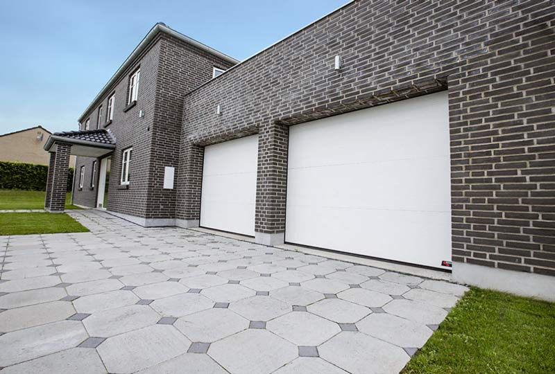 NASSAU white garage door with brickwall gallery example