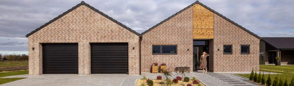 NASSAU questions regarding garage doors