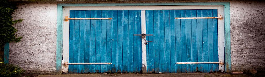 NASSAU questions before buying garage door