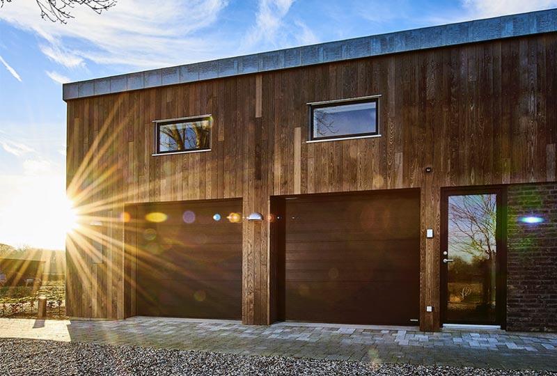NASSAU 2 black garage doors without a window