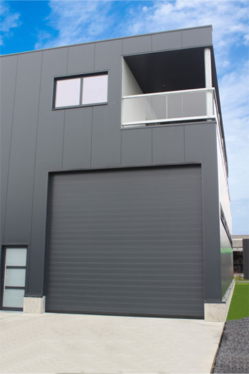 NASSAU 8000 energy saving sectional door grey